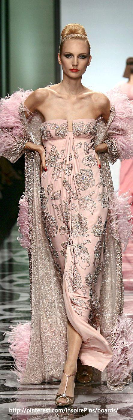 Essence of a woman   Pretty   Pinterest   Rosas, Mundo moda y ...