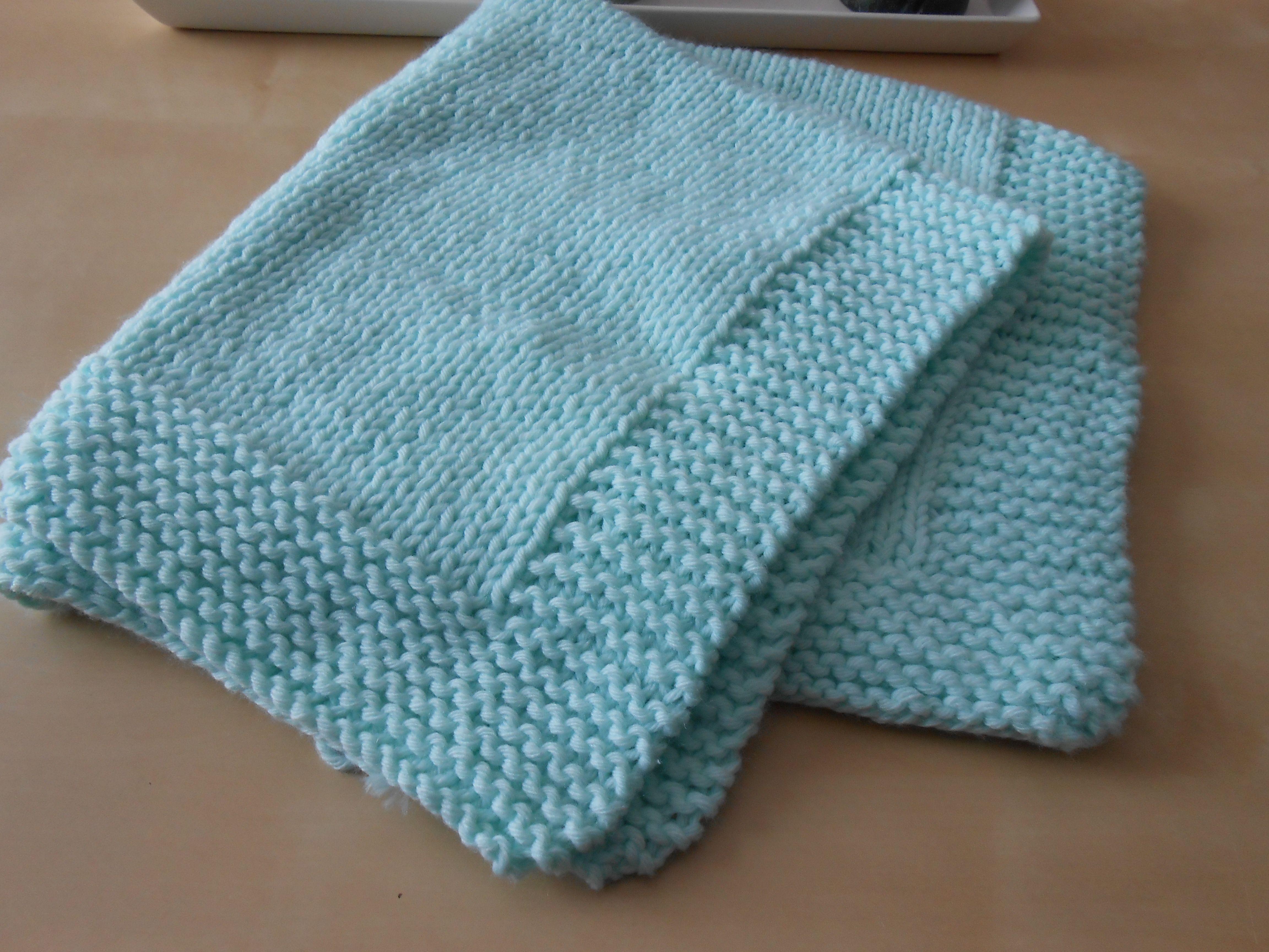 couverture pour b b tricots et laines pinterest couverture couverture b b et tricot. Black Bedroom Furniture Sets. Home Design Ideas