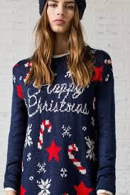 La Navidad está cada vez más cerca por lo que en Modaellas queremos que este año apostéis por la última moda de otoño invierno 2016-2017, y de este modo poder estar espectaculares durante unas celebraciones tan señaladas. Atenta por que os mostramos a continuación, los mejores vestidos Navidad 2016.
