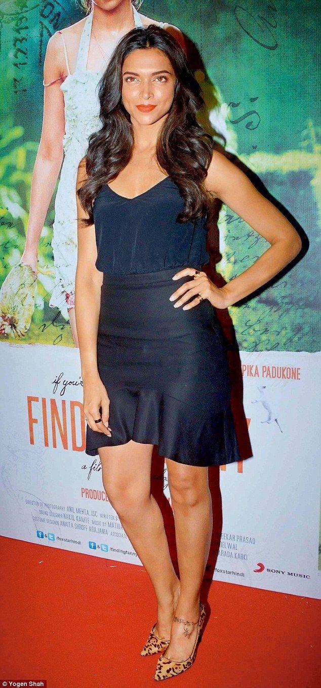 hello hotness'! actress deepika padukone swoons over ranveer singh