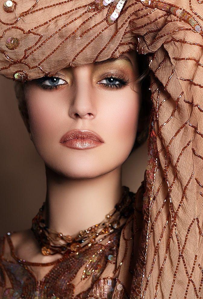 beautiful coppery earth tones Beautiful makeup, Color