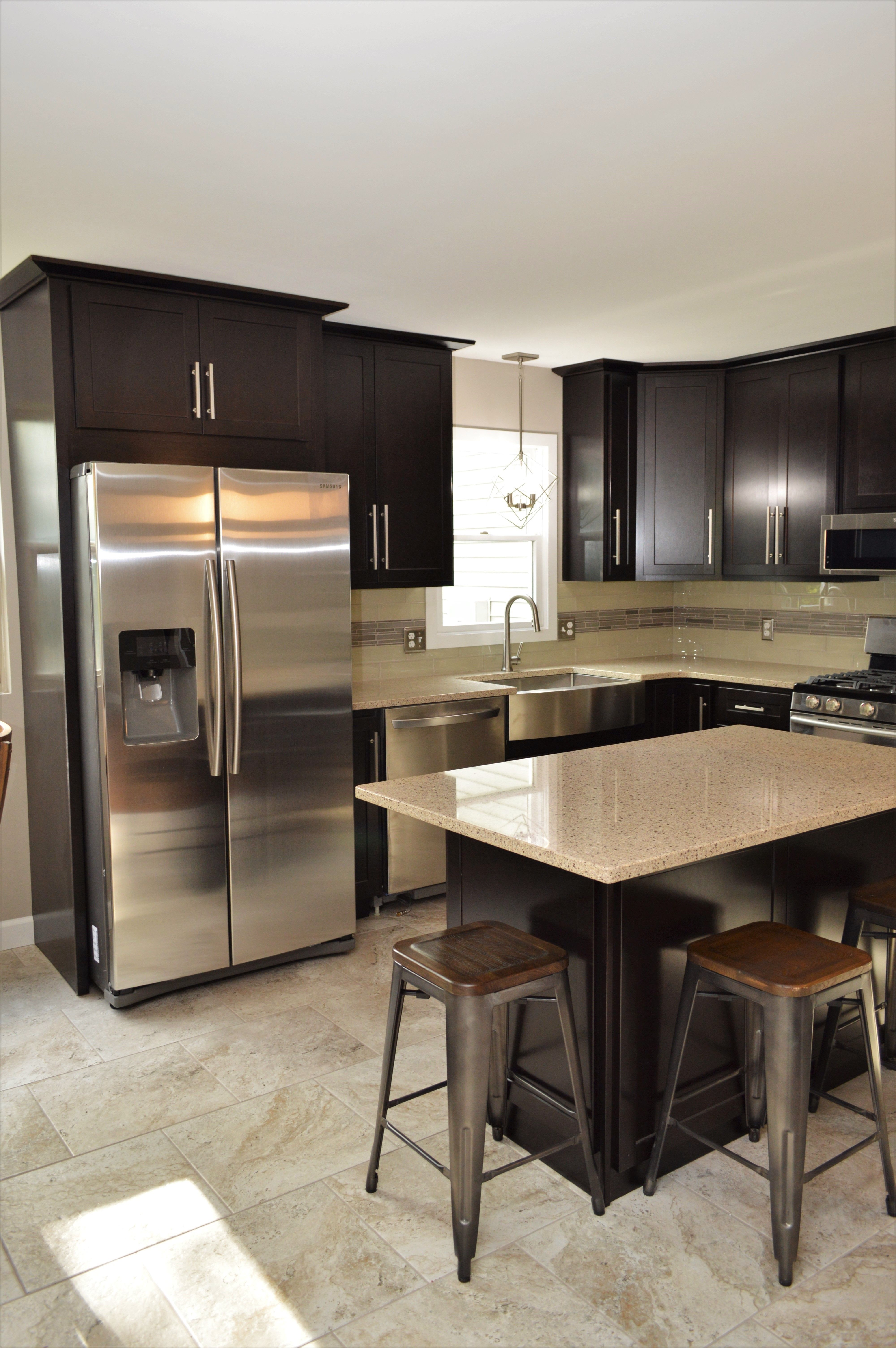 Baileytown Select Maple Onyx Finish Georgetown Door Style Maple Cabinets Cabinetry Painting Cabinets