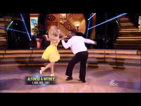 Fresh Prince Of Bel Air Actor Busts His Famous Move On Dancing With The Stars Channel24 Dancing With The Stars Carlton Banks Dance Dance Moves