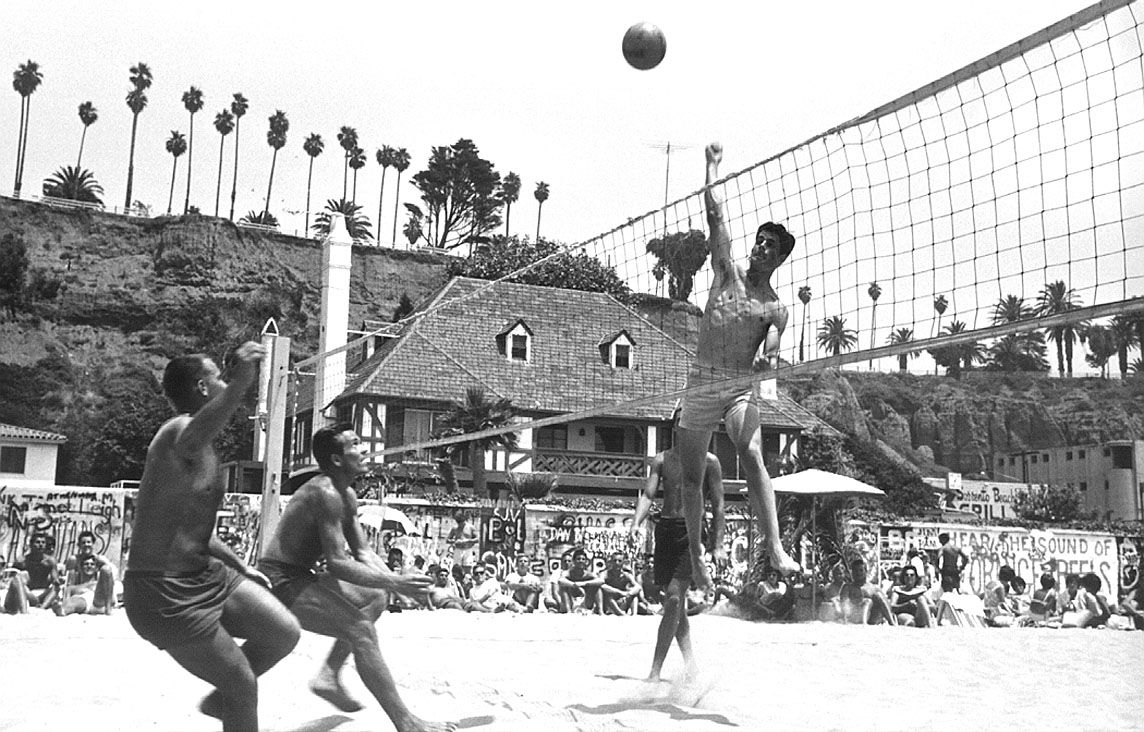 Sneak Preview The Sands Of Time In 2020 Volleyball History Volleyball Volleyball Information