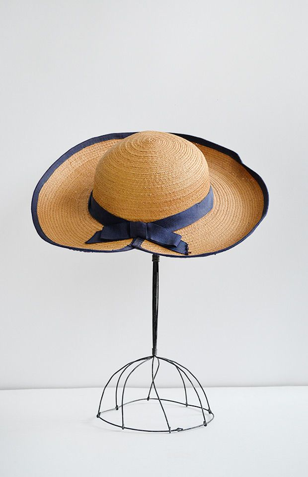Vintage 1930s Straw Hat With Navy Blue Ribbon Frieluse Fields Hat 42 00 Hats Straw Hat Hats Vintage