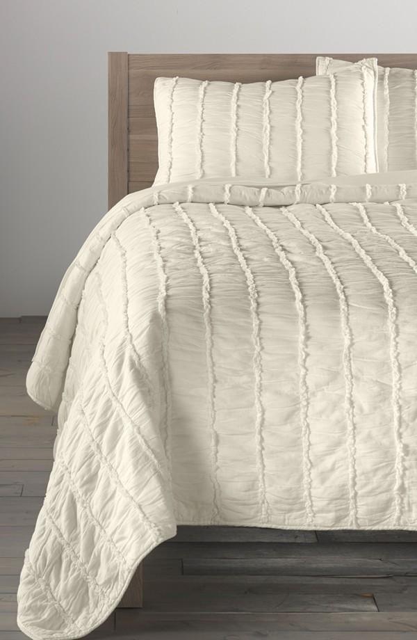 Simple. White Quilt. Fabulous idea for a rag quilt.