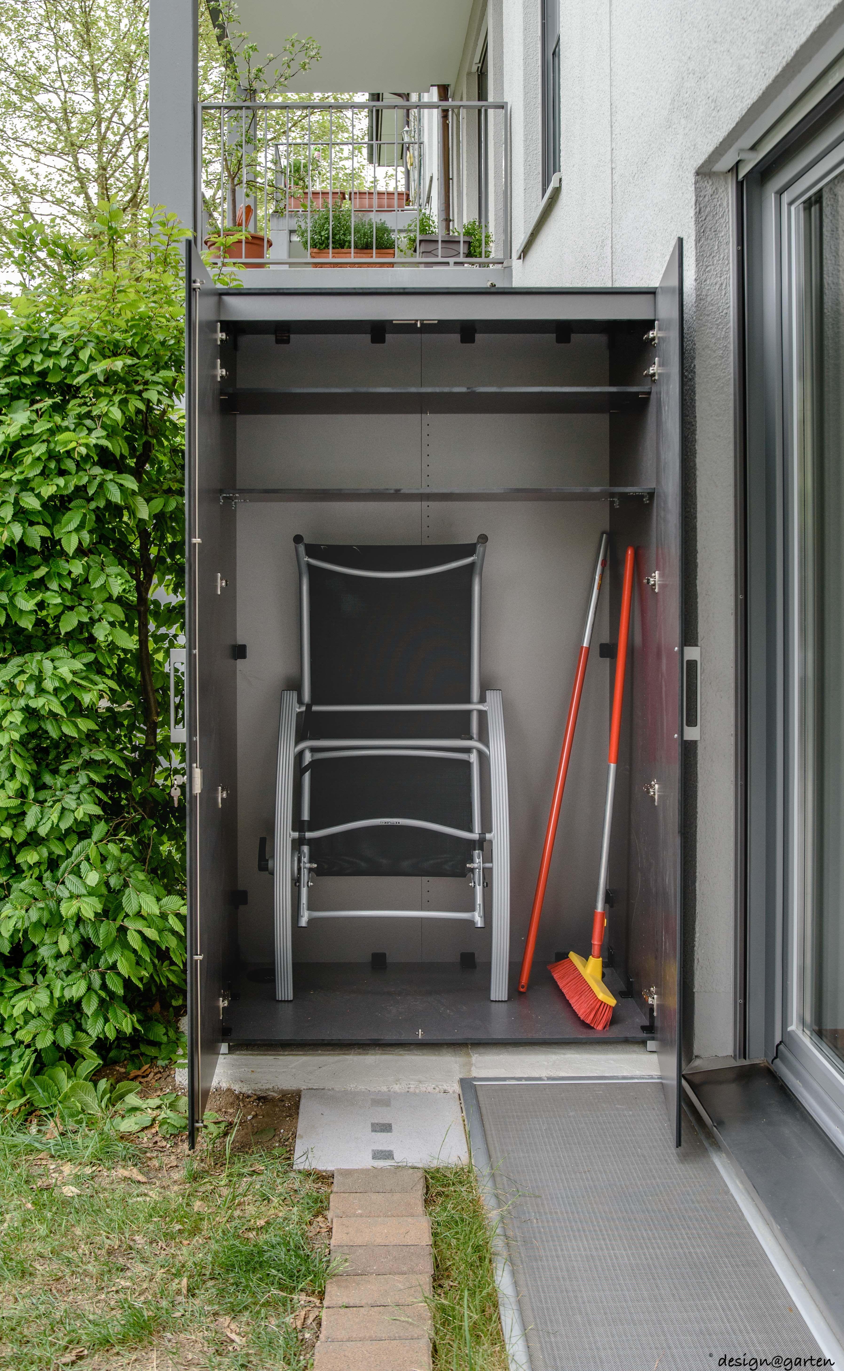 Balkonschrank Terrassenschrank Hochschrank Win In Munchen By Design Garten Augsburg Farbe Graualuminium Metal Gartenschrank Balkonschrank Hochschrank