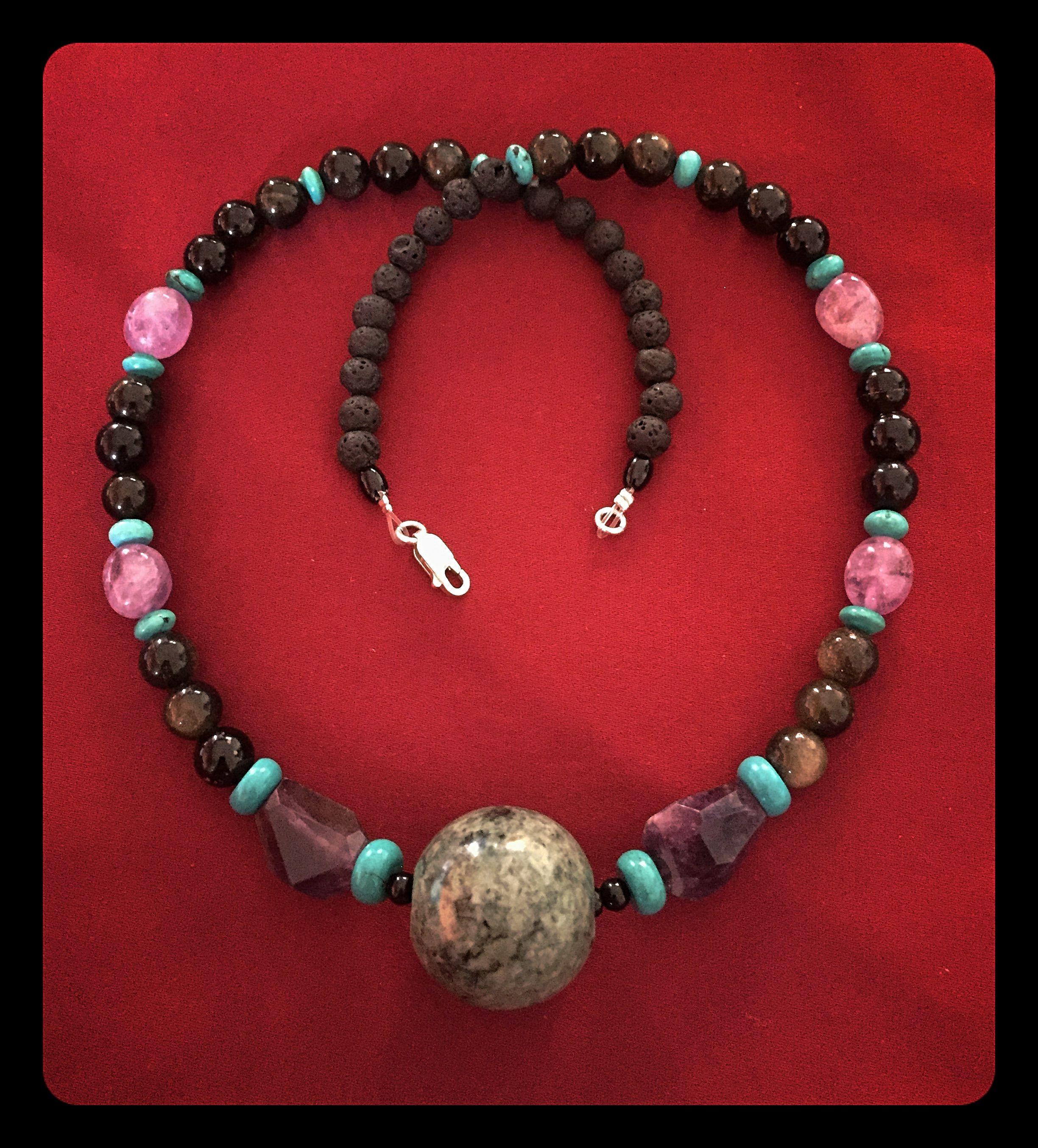 58777e64e0cb Collar Piedra Lava