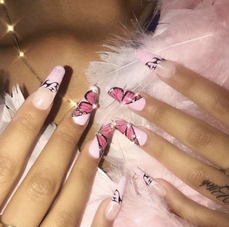 Pin by 𝕷𝖊𝖑𝖊 on 90s | Neon green nails, Nails, Green nails