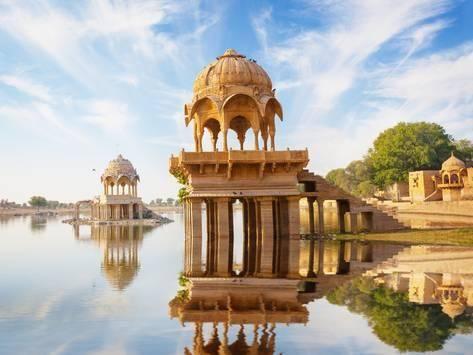 Photographic Print: Indian Landmarks - Gadi Sagar Temple on Gadisar Lake - Jaisalmer, Rajasthan by pzAxe : 24x18in