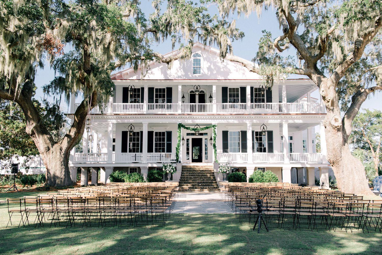 Luxury Wedding In Beaufort South Carolina In 2020 Wedding Venues South Carolina Charleston Bride Charleston South Carolina Wedding