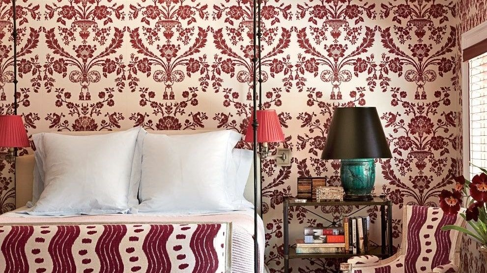 Here S How To Get Rid Of That Old Wallpaper Old Wallpaper Removable Wallpaper Removable Wallpaper Diy