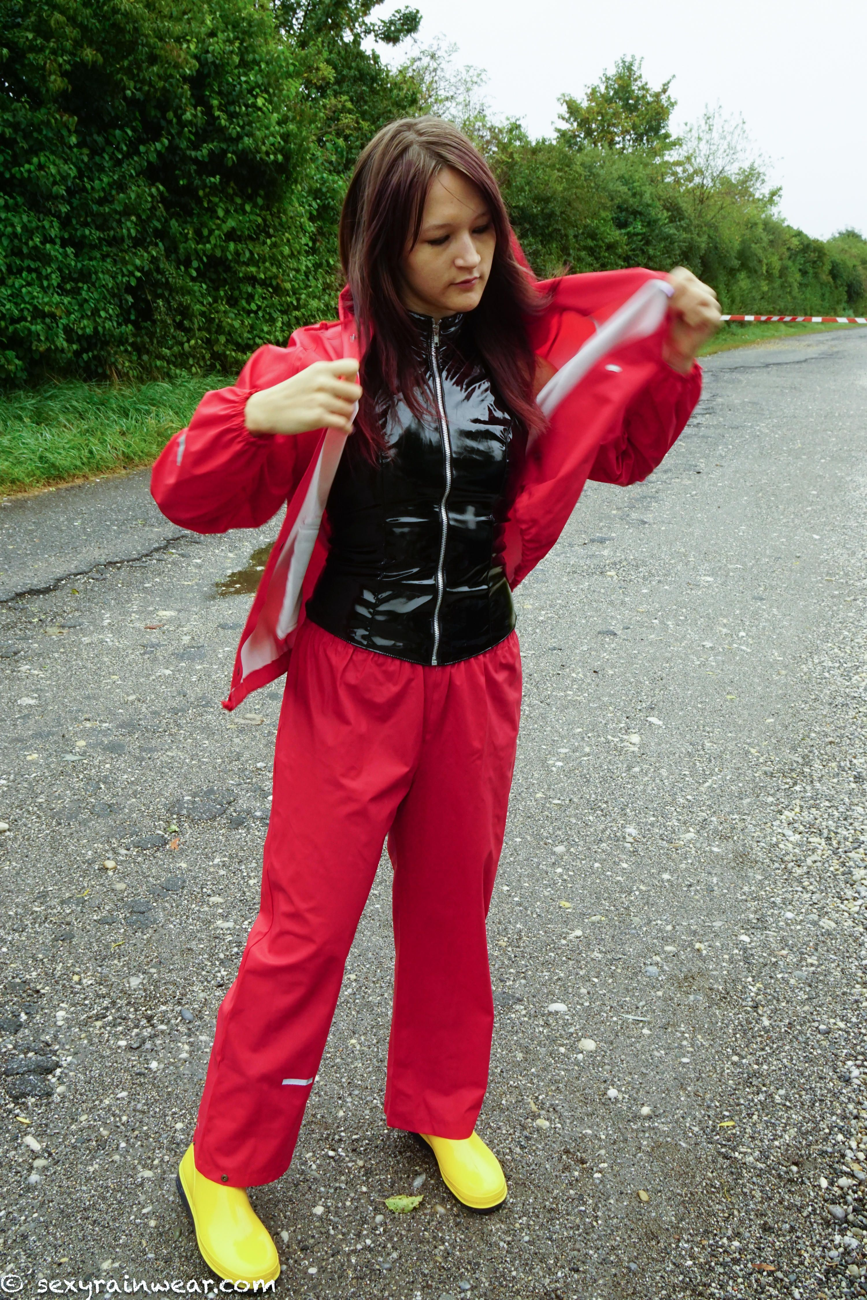 Pin by Arny on Rainwear  bd31d9f78