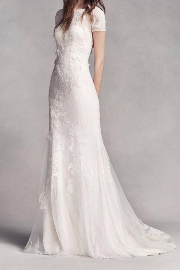 Short Sleve Lace Wedding Dress 5 Affordable Wedding Dresses That Look Like Pippa Wedding Dress Brands Pippa Middleton Wedding Dress Wedding Dresses Vera Wang