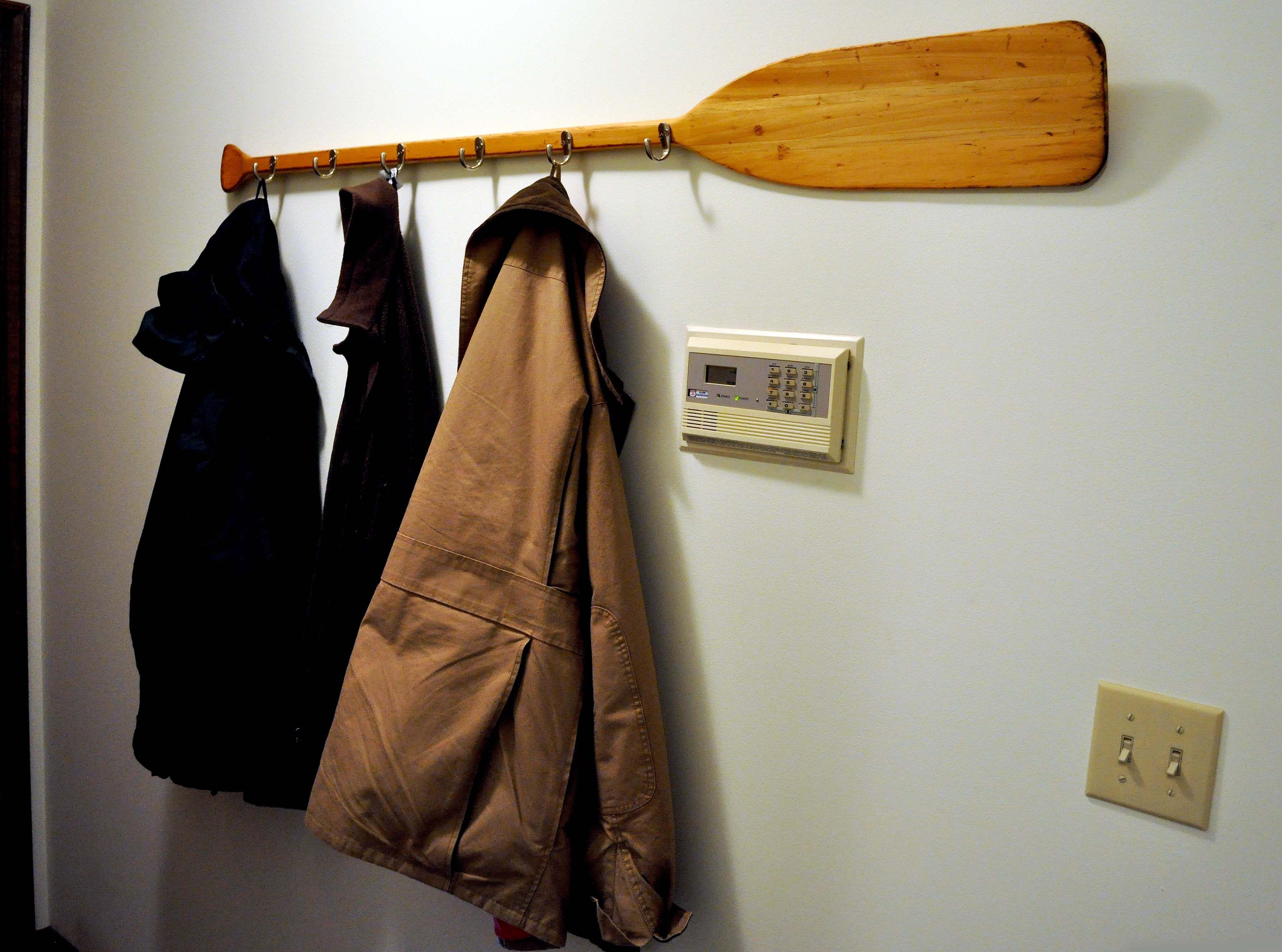 The Canoe Paddle Coat Rack With Images Canoe Paddle Canoe