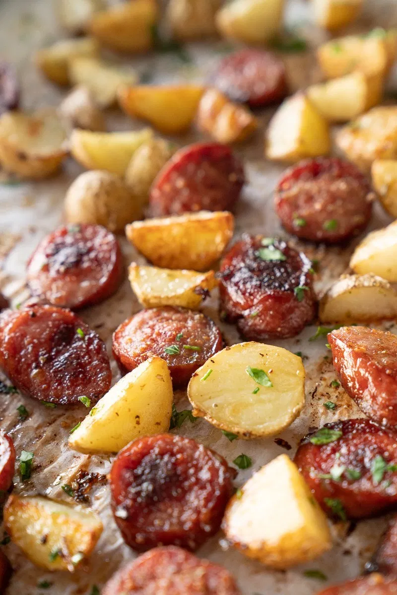 Sheet Pan Kielbasa And Potato Dinner Recipe In 2020 With Images Kielbasa And Potatoes