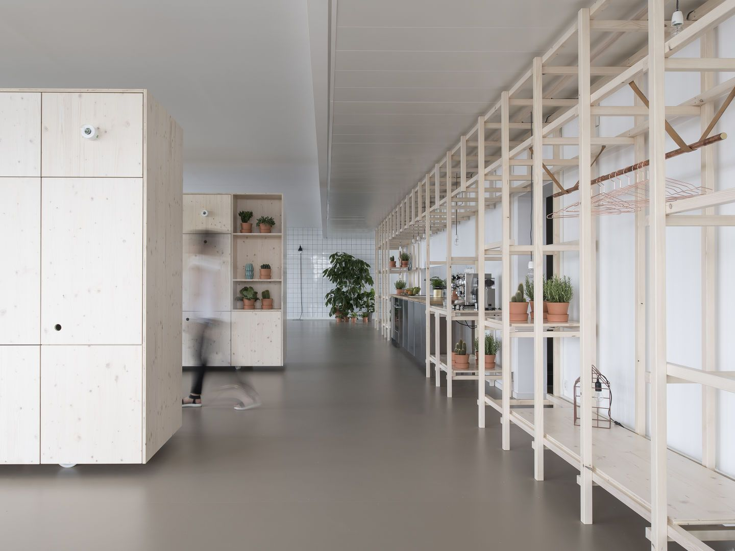 """The buzzwords """"open, direct, dynamic, straightforward"""", standing for the common attributes for the project in the center of Munich, describe a flexible, playful, and creative space for workshops, meetings and events upon two floors. Unlike traditional ..."""