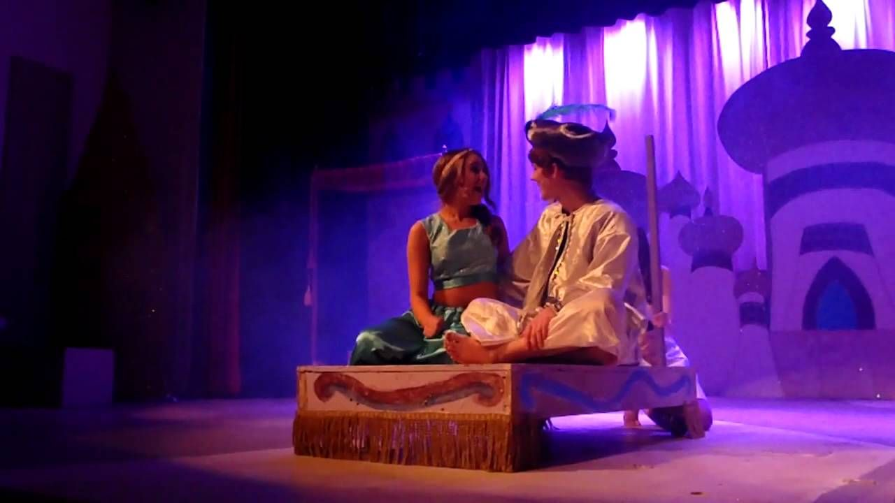 Aladdin Jasmine Magic Carpet Ride Magic Carpet Aladdin Aladdin And Jasmine