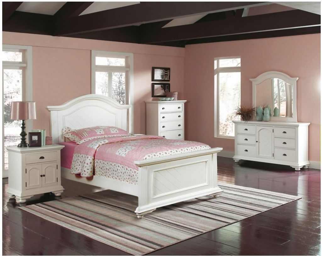 Off White Bedroom Furniture   Bedroom Interior Pictures Check More At  Http://thaddaeustimothy