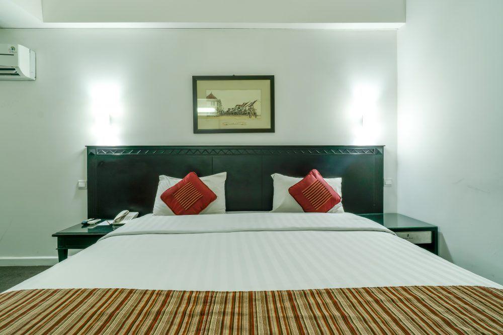 Pin Di Sofyan Hotel Cut Mutia