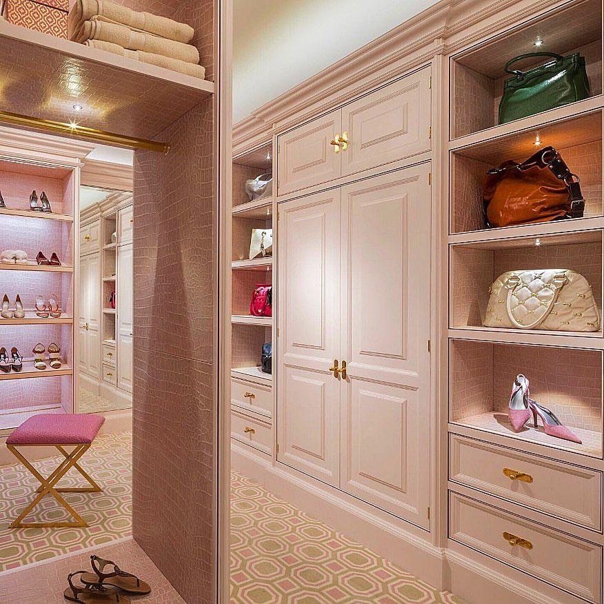 Blush Pink Cabinetry 24 Carat Gold Hardware Pink Crocodile Leather Accents Plush Carpet Dr Luxury Closets Design Dream Dressing Room Dressing Room Design