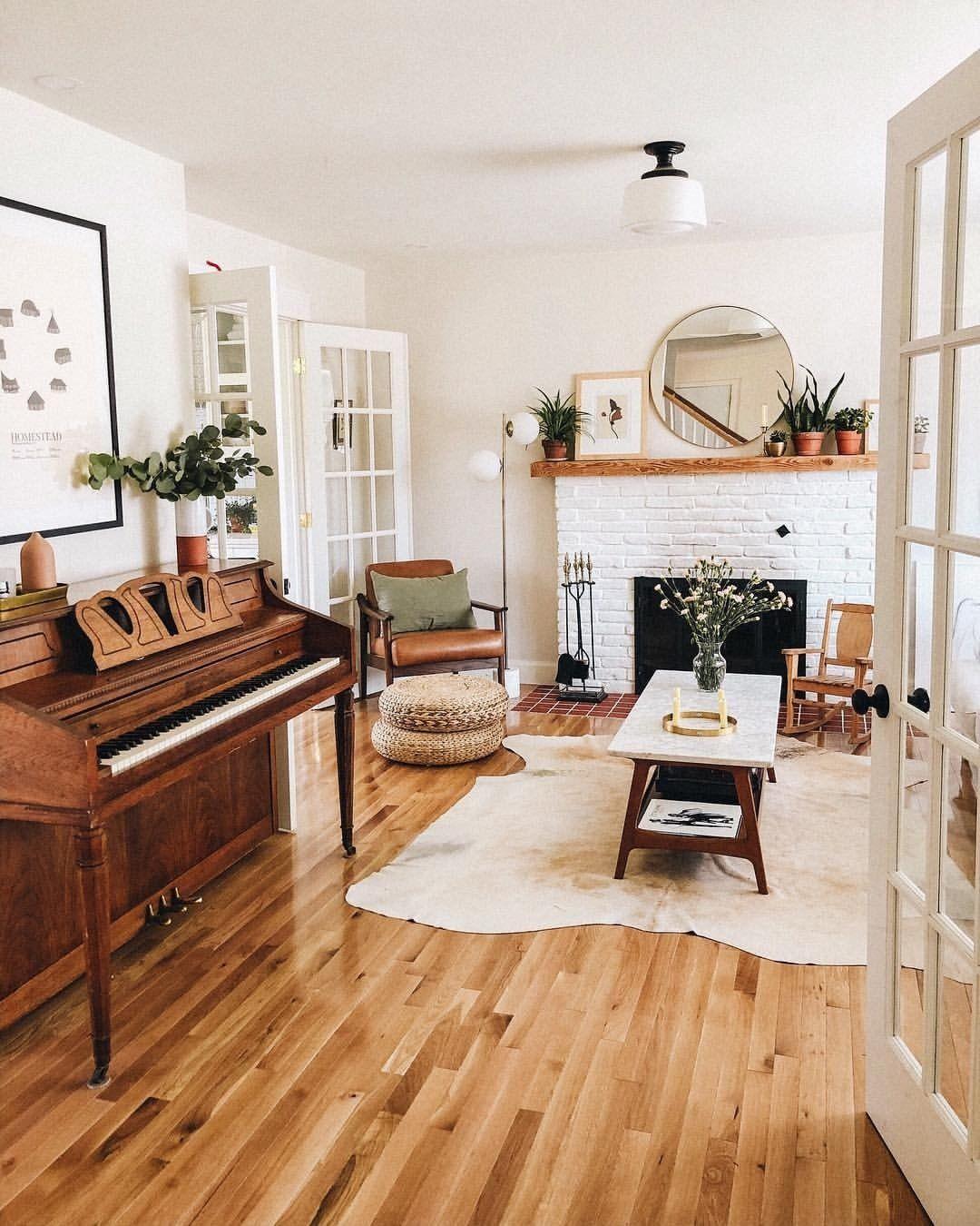 meg's oldfarmhouse est 2014   Hygge living room, Cozy ...