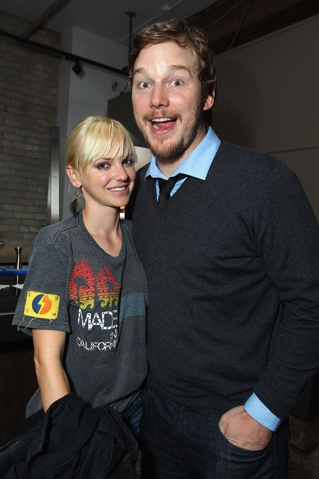 Anna Faris Chris Pratt Wedding.And He Wore A Wedding Band Before They Even Got Married Yes Chris