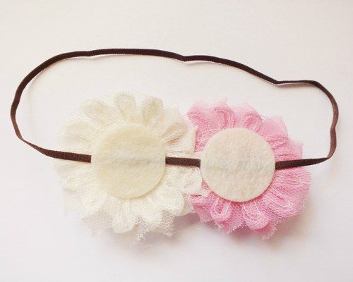 Glue any other flowers to felt circles on the headband