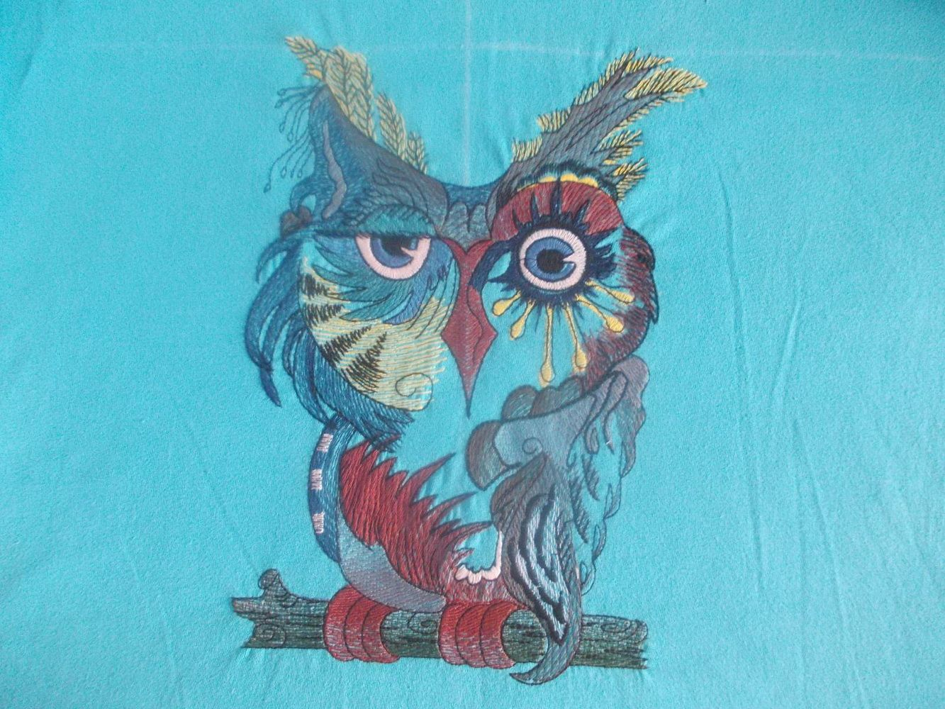 Owl in color free embroidery design birds embroidery designs owl in color free embroidery design bankloansurffo Image collections