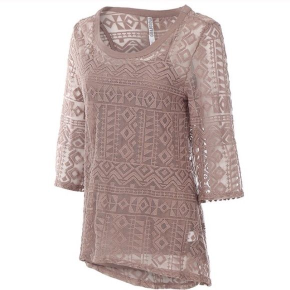 NAVAJO LACE TOP W/MATCHING CAMI INCLUDED This Navajo lace top comes with a matching Kami is made of 70% cotton and 30% polyester. Absolutely gorgeous!!!!!! Moreno Sweaters Crew & Scoop Necks