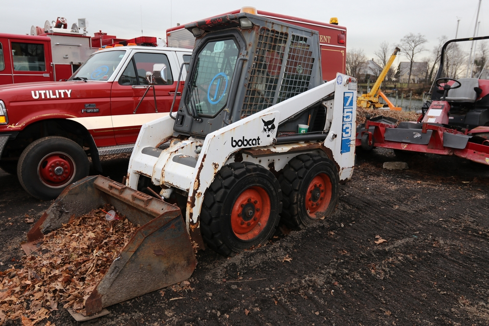 Item 1 1994 Bobcat 753 Skid Steer With Bucket Serial 511526014 Hours 1756 5 Enclosed Cab Reported To Be Operational Need In 2020 Cab Utility Truck Auction
