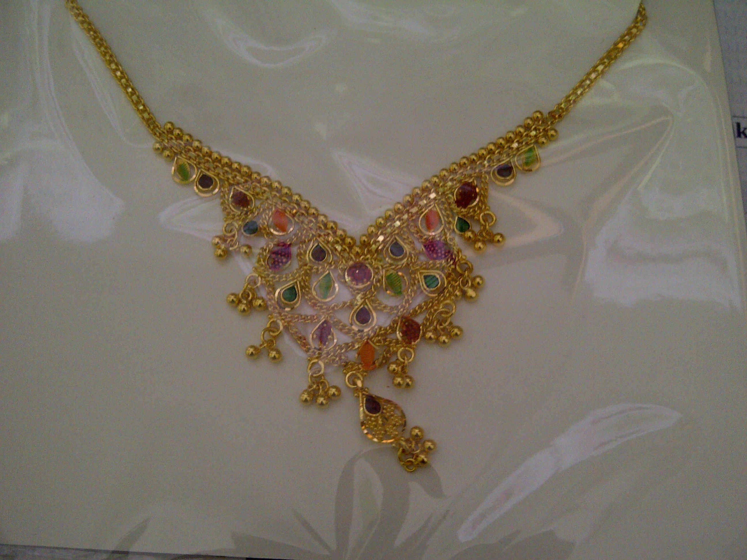 necklace kong flower hong pin gold pendant jewelry