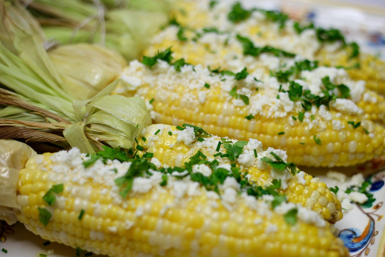 Roasted Sweet Corn - If ever there were a signature summer food, this would be it! I love this simple recipe for yummy sweet corn. artzyfoodie.com