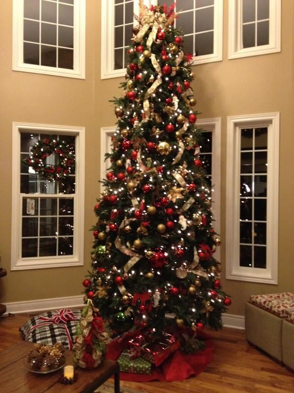 #Christmas Tree - This Christmas tree is decorated using ornaments from the Debbie  Travis Collection, exclusively at Canadian Tire. - Christmas Tree - This Christmas Tree Is Decorated Using Ornaments