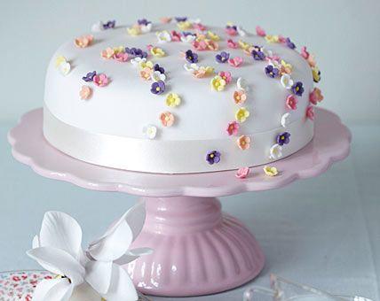 Rollfondant Blumchen Bild 5 Blumen Aus Fondant Kuchen Mit Fondant Kuchen Dekorieren