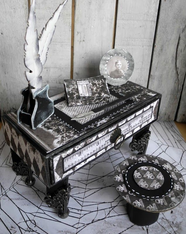 Crafting ideas from Sizzix UK: A little desk