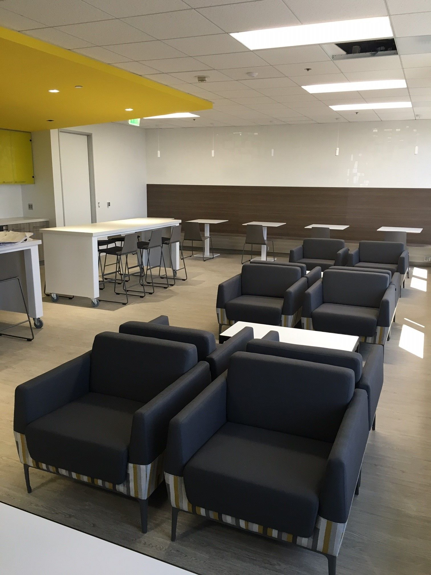 B Free Lounge seating by Steelcase upholstered with Mod