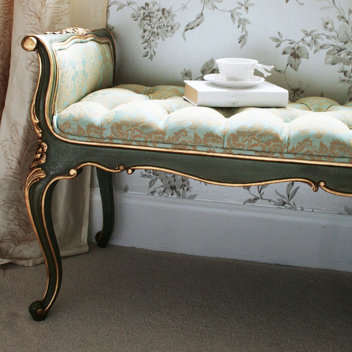 Damask Sofa Bed Mission Style Leather Versailles Bench French Treasures Mobilier