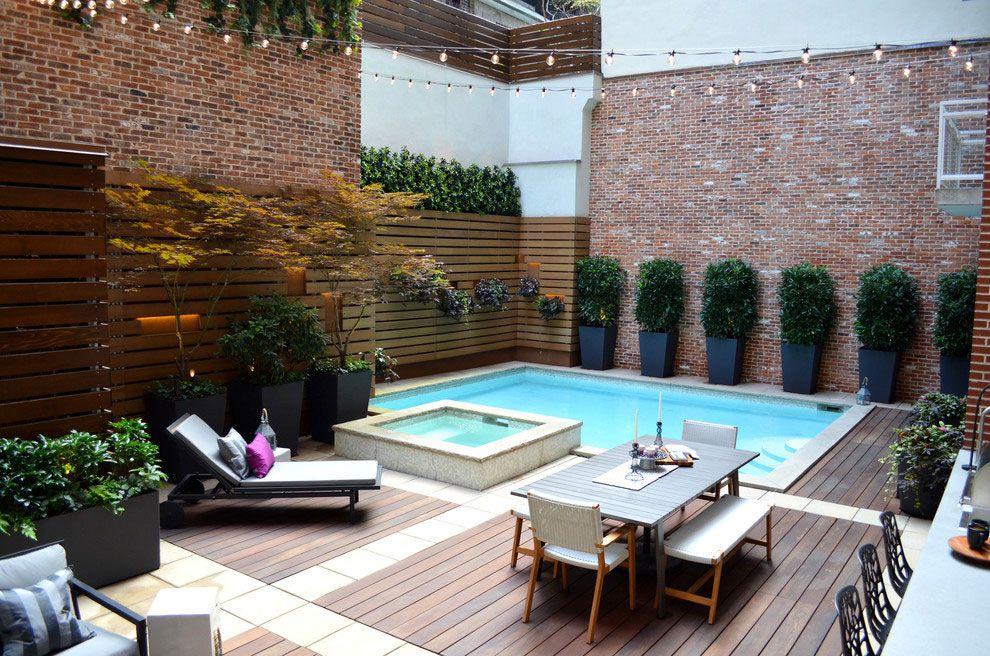 Bellissima piscina dal design moderno n.02