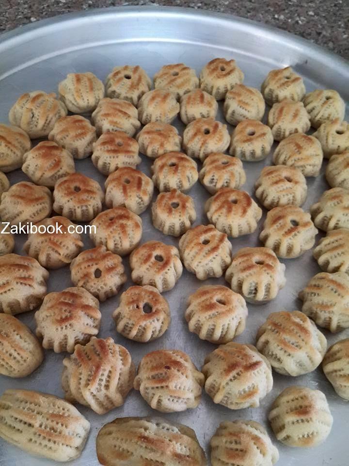 طريقة عمل معمول التمر زاكي Food Recipes Arabic Food