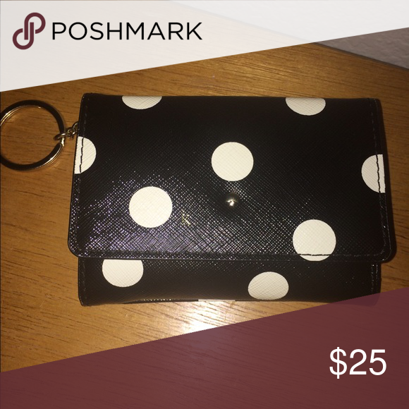 Kate Spade Wallet Authentic Front Kate Spade Logo Is Fading Still Has The Spade Intact Perfectly Kate Kate Spade Wallet Kate Spade Logo Kate Spade Accessories
