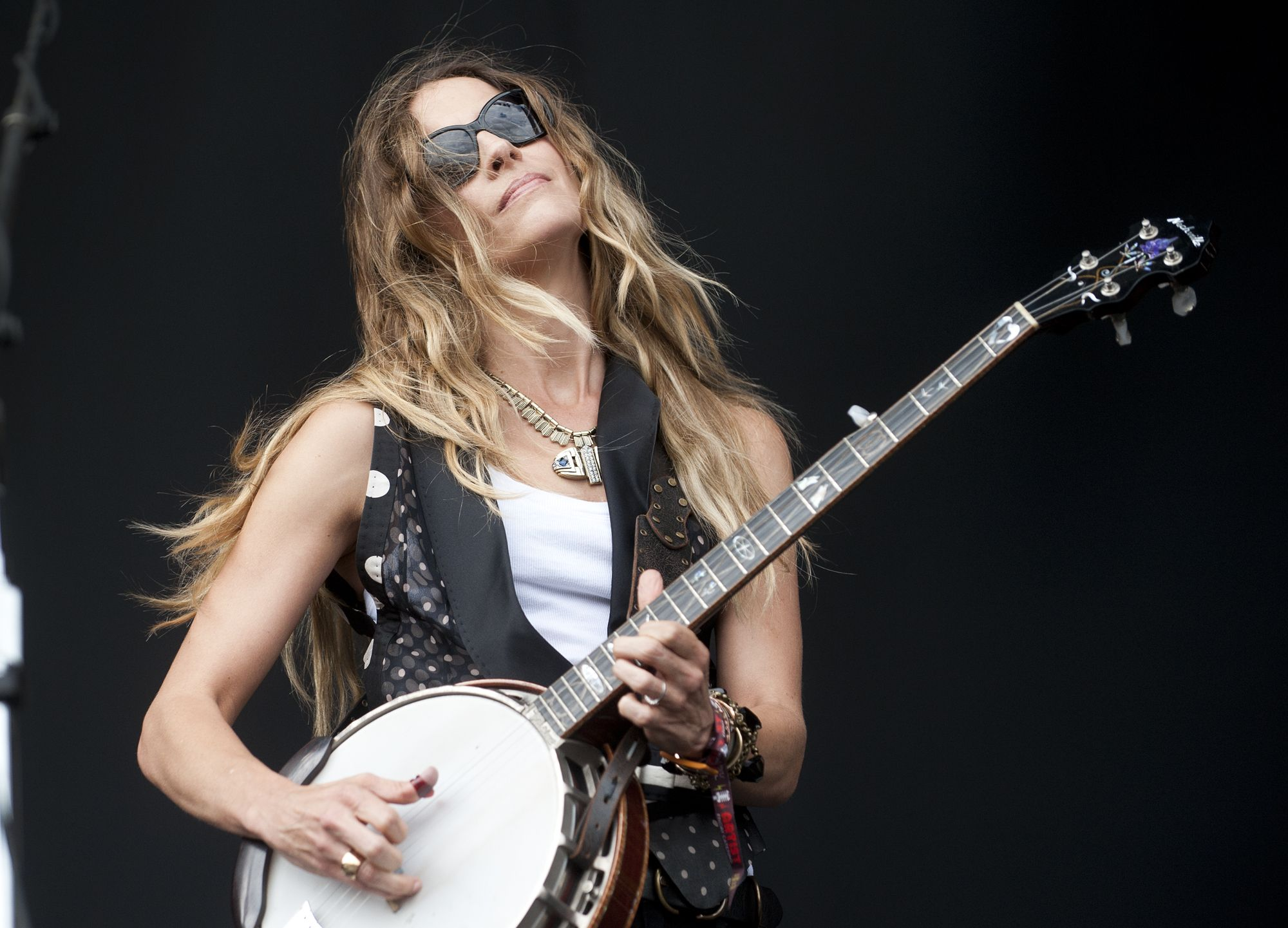 Emily Robison Emily Robison Strayer And Others To Play June 20 Flood Benefit At
