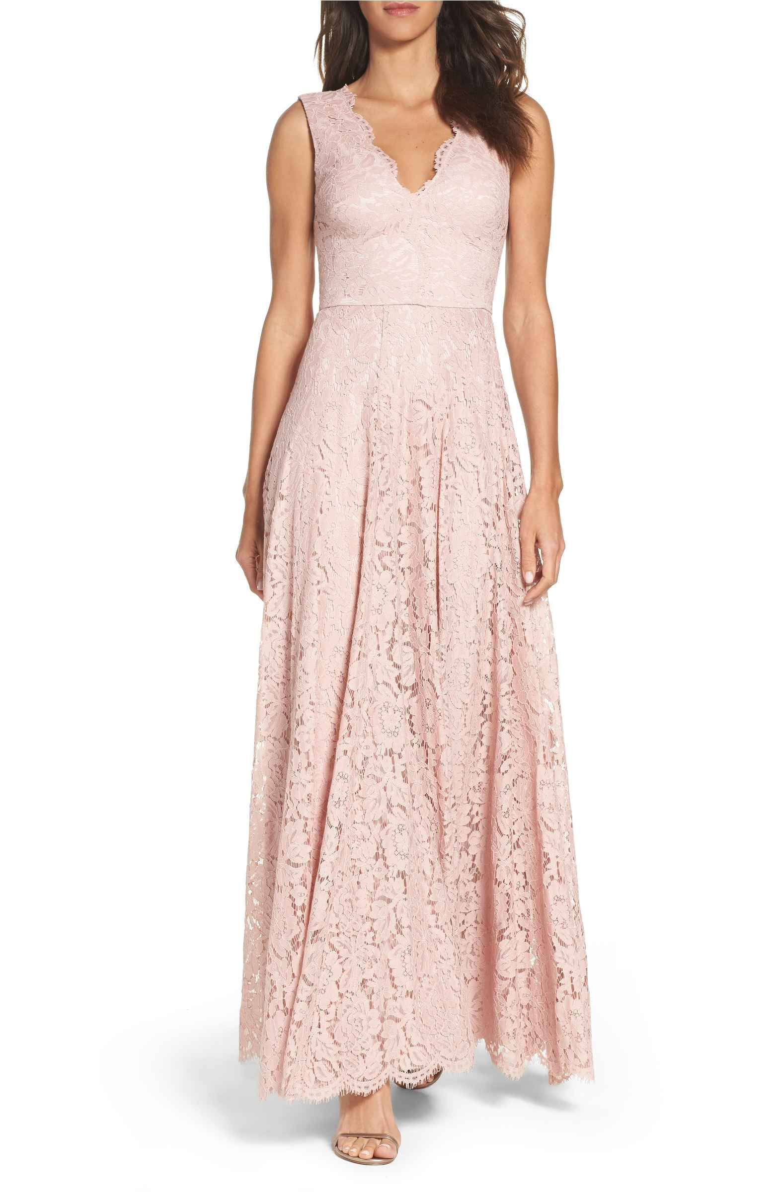 Main Image - Vera Wang Scalloped Lace Gown | Parties | Pinterest