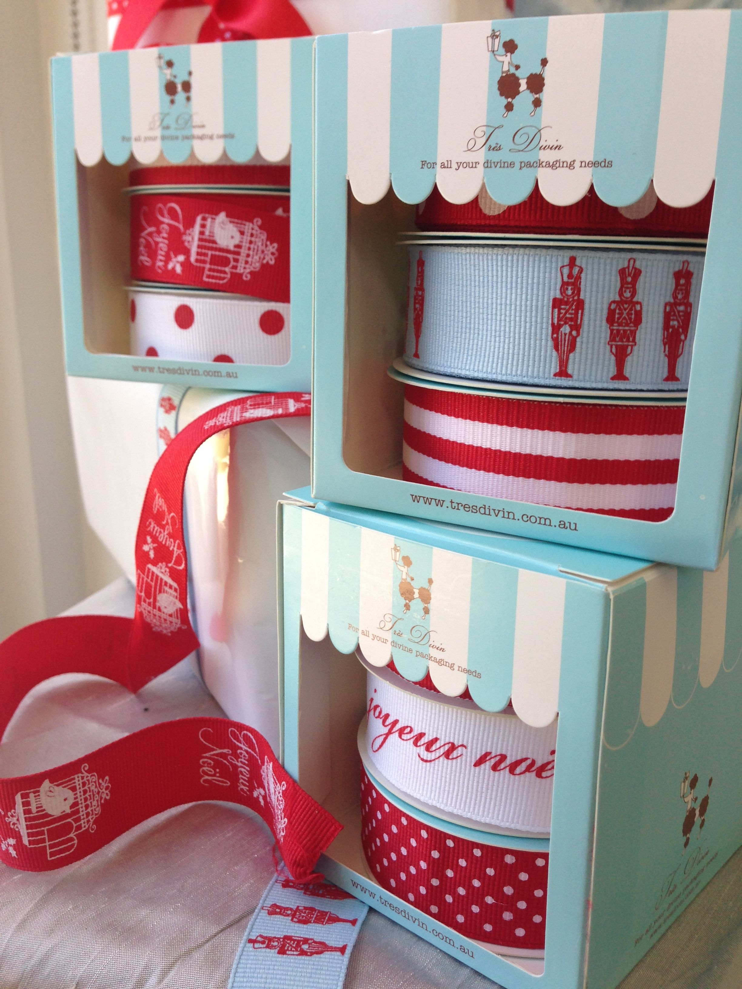 Christmas Ribbon Boxes From Tresdivin