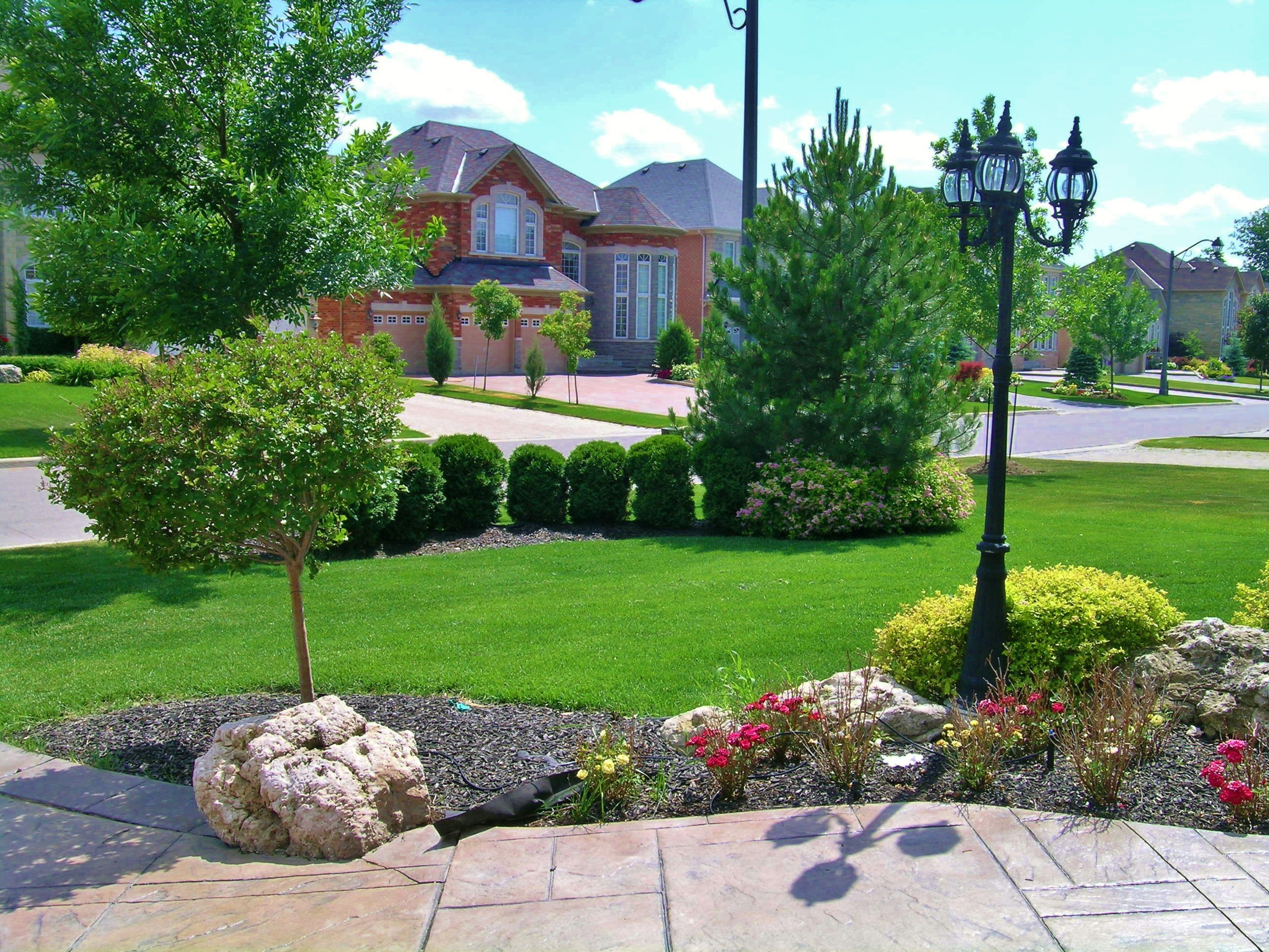 Unique Front Yard Landscaping Ideas | Front yard landscape designs ...