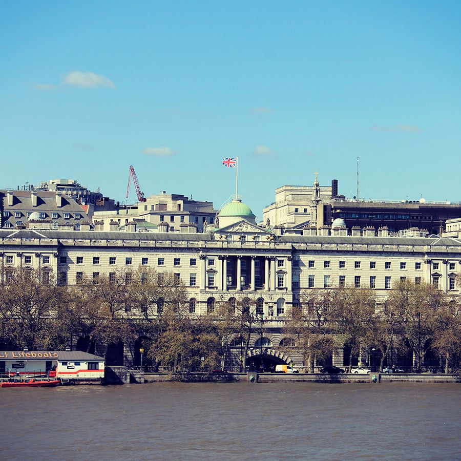 An Amazing View Of Somerset House From Across The River - Amazing house built across a river