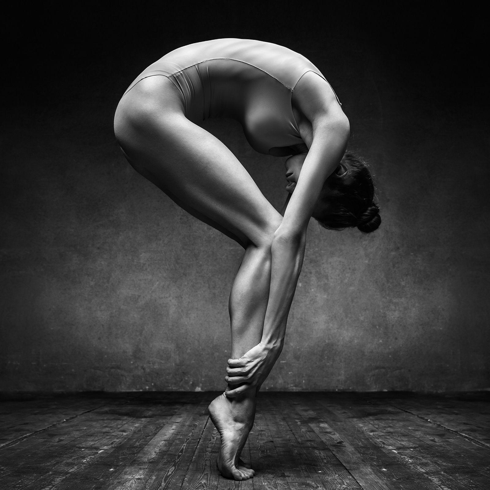 Сексуальные движения в танце 13 фотография