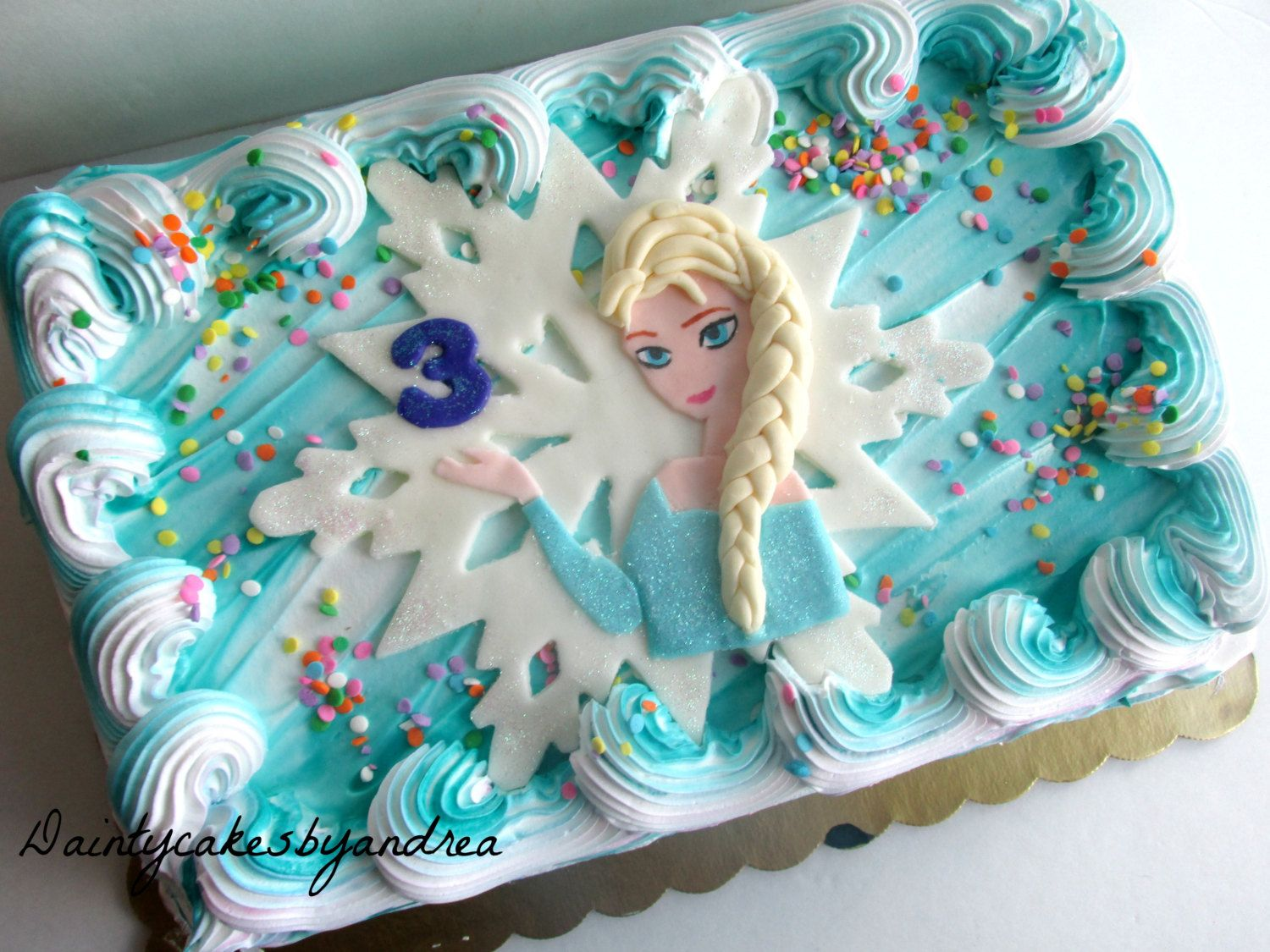 Frozen Inspired Fondant Elsa Cake topper by ...