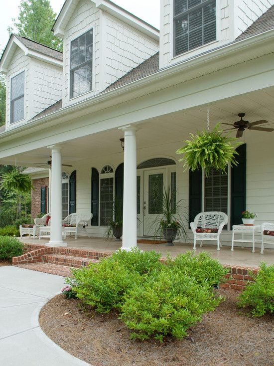 Cool looking brick front porch steps as your exterior for Wooden front porch designs