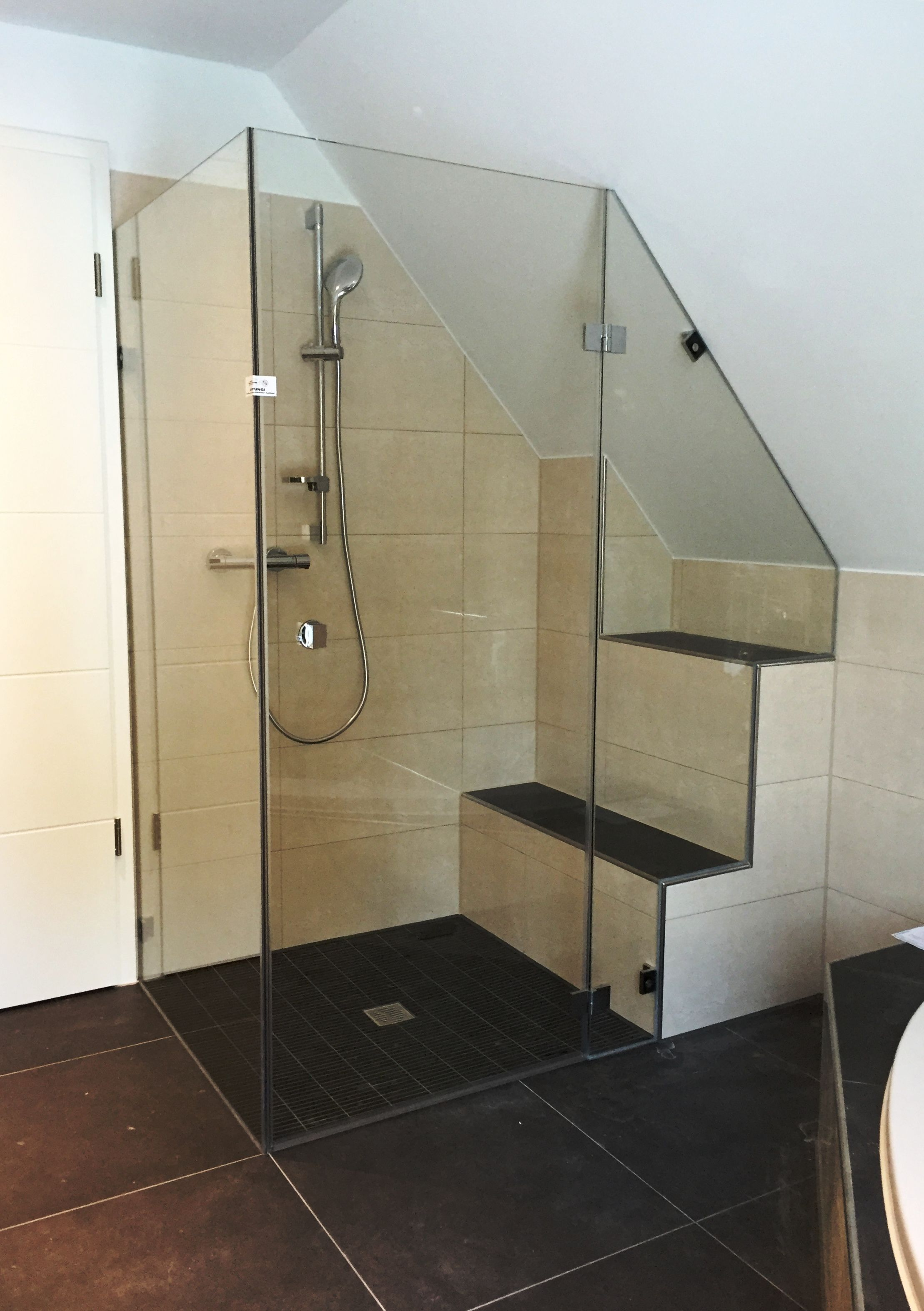 noch eine sch ne dusche aus glas von der glaserei nolting. Black Bedroom Furniture Sets. Home Design Ideas